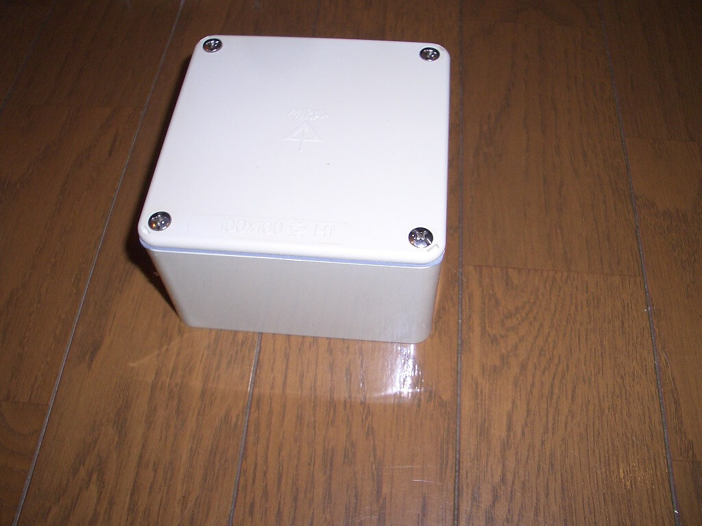 カーポート照明に必要な材料(防水プルボックス)