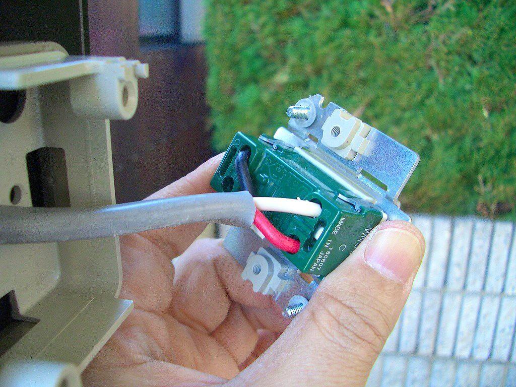 3路スイッチへの3Cケーブル接続