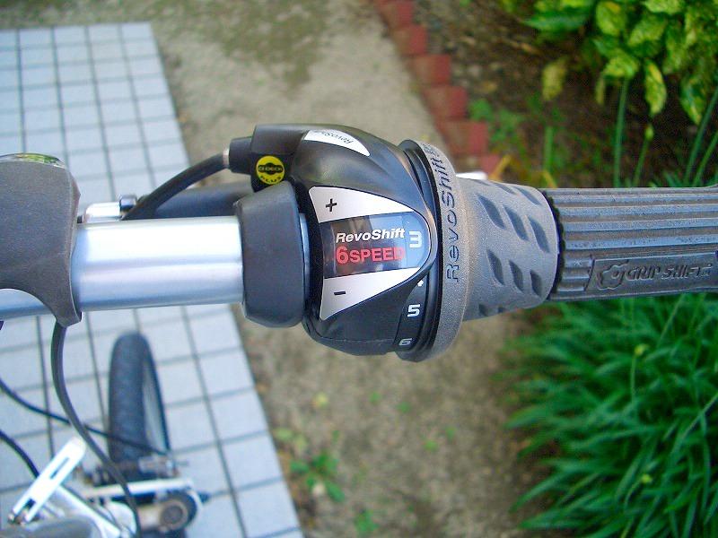 取り替え完了 シマノ TOURNEY - レボシフトSL-RS36-6R