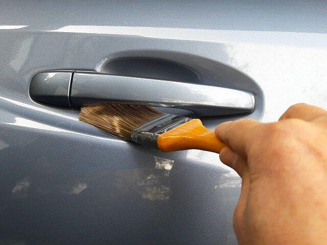 ハケを洗車に使う